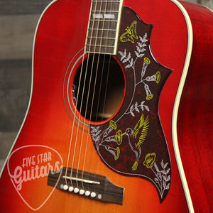 Gibson Hummingbird Acoustic Guitar Vintage Cherry Sunburst - Pickguard
