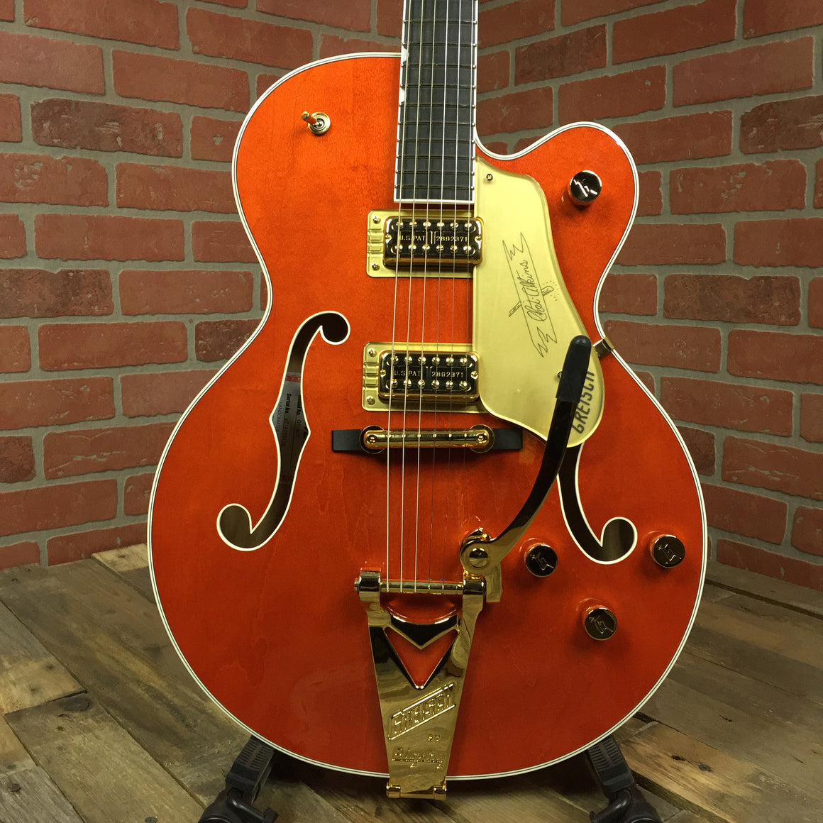 G6120T Players Edition Nashville with String-Thru Bigsby, Filter'Tron Pickups, Orange Stain