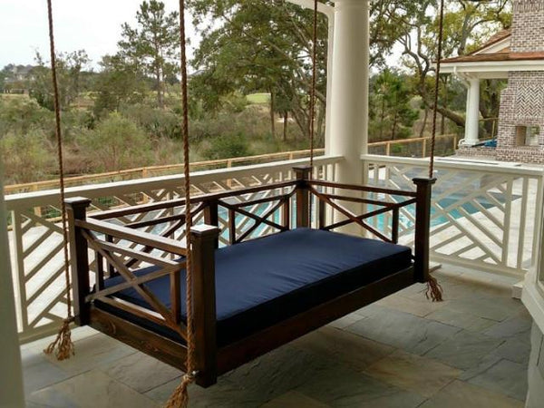 Custom Carolina Classic Columbia Swing Bed Magnolia