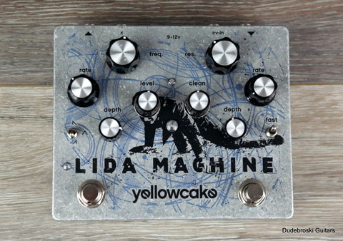 Yellowcake Lida Machine, Dual-LFO Filter Pedal, Dreamy Sweeps or Nasty Distorted Oscillation - Dudebroski Guitars