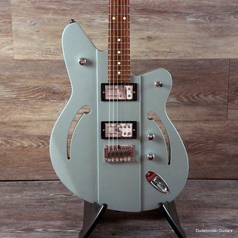 Reverend Airsonic RA, Metallic Silver Freeze - Rich, Resonate, Big Tone, Killer Design - Dudebroski Guitars