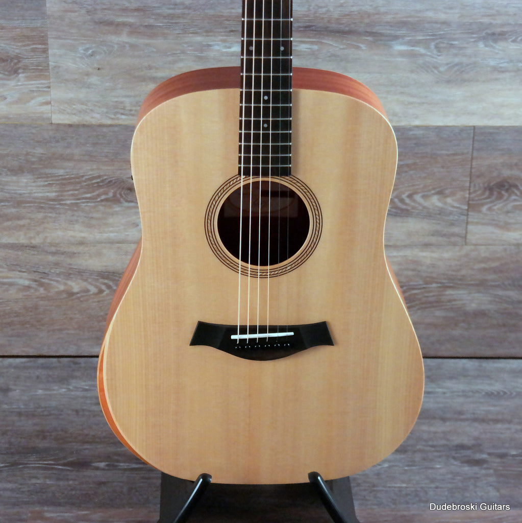 Taylor Academy 10e Acoustic-electric with Solid Sitka Spruce Top, Sapele - Natural Satin
