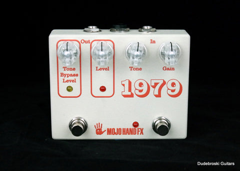 Mojo Hand FX 1979 - In Your Face 70's-Style Op-Amp Muffed Out Fuzz - Dudebroski Guitars