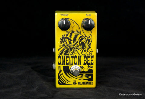 Mojo Hand FX One Ton Bee, Gnarly, Vintage Screaming Fuzz Yet Musical - Dudebroski Guitars