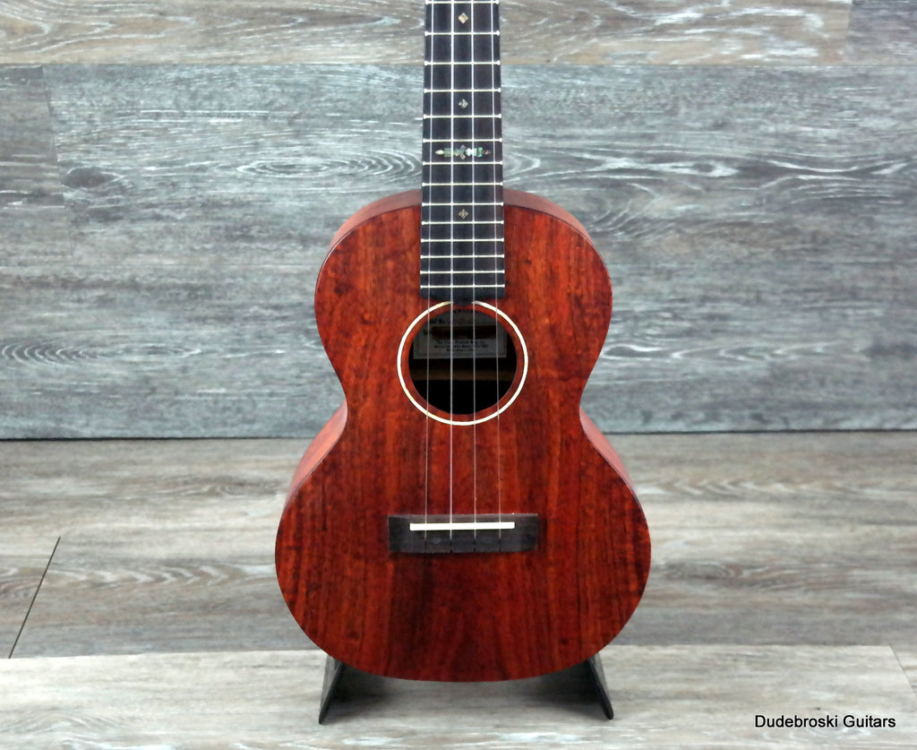 Gretsch G9120-SK Tenor Koa Ukulele, a Rich Voice and a Comfortable Feel
