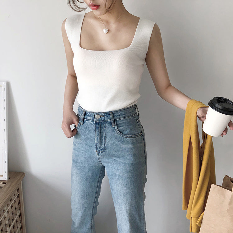 AMUNRA CROPPED KNIT TOP