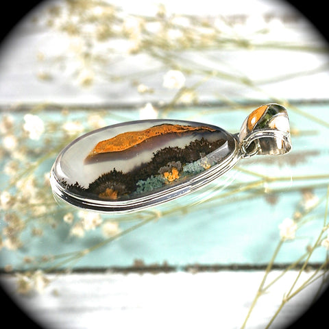 Agate sterling silver pendant with inlaid bail