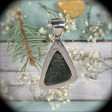 Tinguaite sterling silver pendant w/inlaid bail - Rusmineral cabochons&jewelry - 4