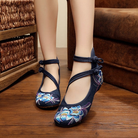 Elegant Women Shoes Canvas Flats Heel Demin Embroidery Soft Sole Lady
