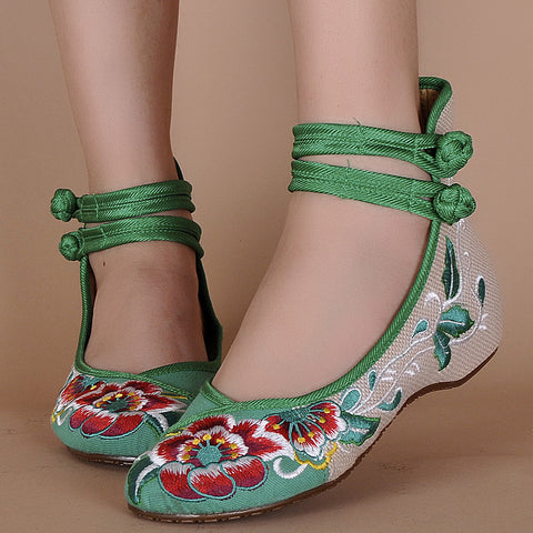 New Women Shoes Canvas Shoes Demin Flats With Embroidery Soft Sole Lady Shoes