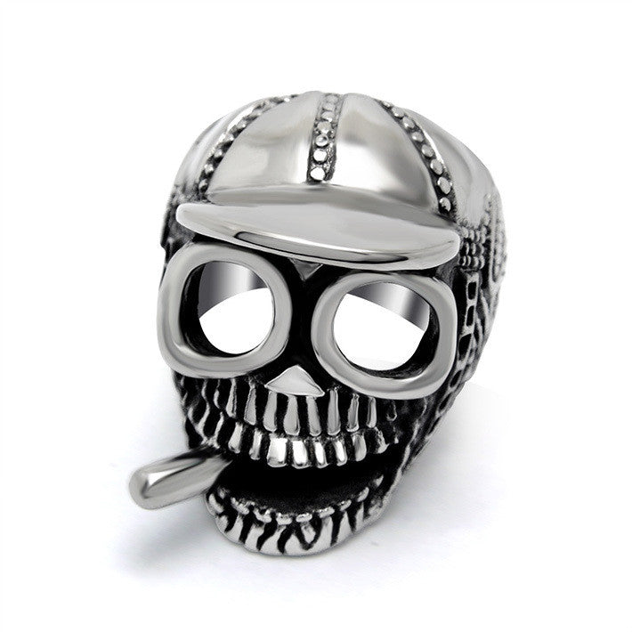 Love cool Diao cigarette trendsetter Skull Ring titanium steel jewerly SA384