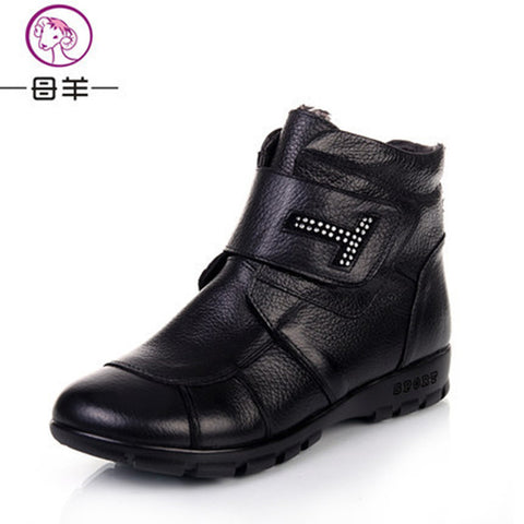 Top cowhide thermal resistance to slide hand sewing comfortable walk women boot