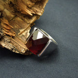 Natural garnet benmingnian act the role ofing is tasted Red and black stones simple lovers ring