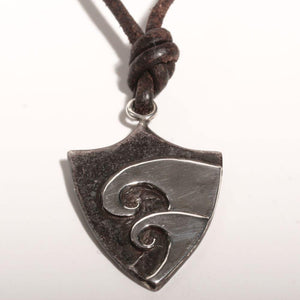 Surfer Necklace with Hawaiian Wave shield Pendant - Zulasurfing Jewelry  - 2