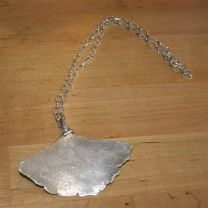 Ginko leaf Pendant Necklace - Zulasurfing Jewelry  - 2