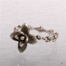 Load image into Gallery viewer, Delicate Sterling silver Flower ring size 7 - Zulasurfing Jewelry  - 1