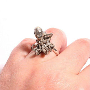 Sterling Silver Baby Octopus Ring Size 6 - Zulasurfing Jewelry  - 2