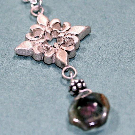 Beautiful 925 sterling silver fluer de lis with a slab of tourmaline - Zulasurfing Jewelry  - 1