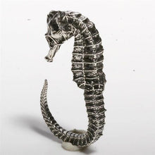 Load image into Gallery viewer, Sterling silver seahorse ring size 5-6.5 - Zulasurfing Jewelry  - 2