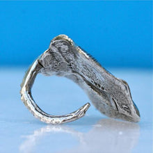 Load image into Gallery viewer, Manta Ray Sterling Silver Adjustable ring - Zulasurfing Jewelry  - 3