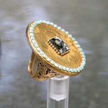 Load image into Gallery viewer, Gold plated brass ring with swarovski crystals size 6.5 - Zulasurfing Jewelry  - 4