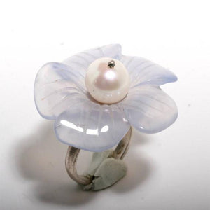 Beautiful sterling silver flower chalcedony and white pearl ring size 6 - Zulasurfing Jewelry  - 1