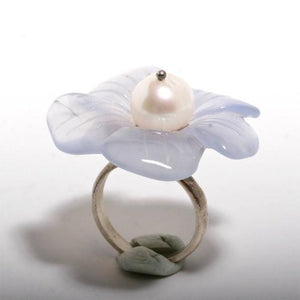 Beautiful sterling silver flower chalcedony and white pearl ring size 6 - Zulasurfing Jewelry  - 2