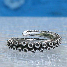 Load image into Gallery viewer, Small octopus tentacle adjustable silver ring - Zulasurfing Jewelry  - 1