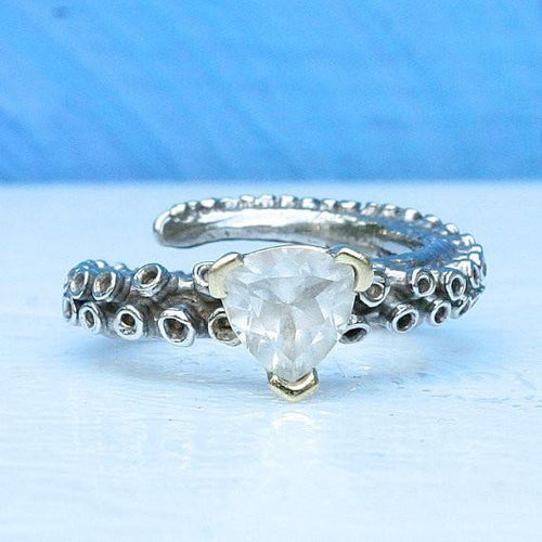 14k gold Octopus tentacle ring with a white topaz stone - Zulasurfing Jewelry  - 1