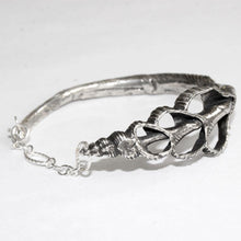 Load image into Gallery viewer, Silver shell bracelet - Zulasurfing Jewelry  - 1