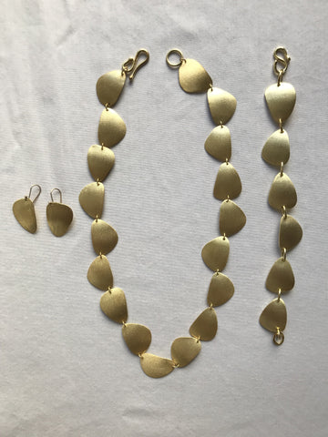 Green Gold Stone Suite Set