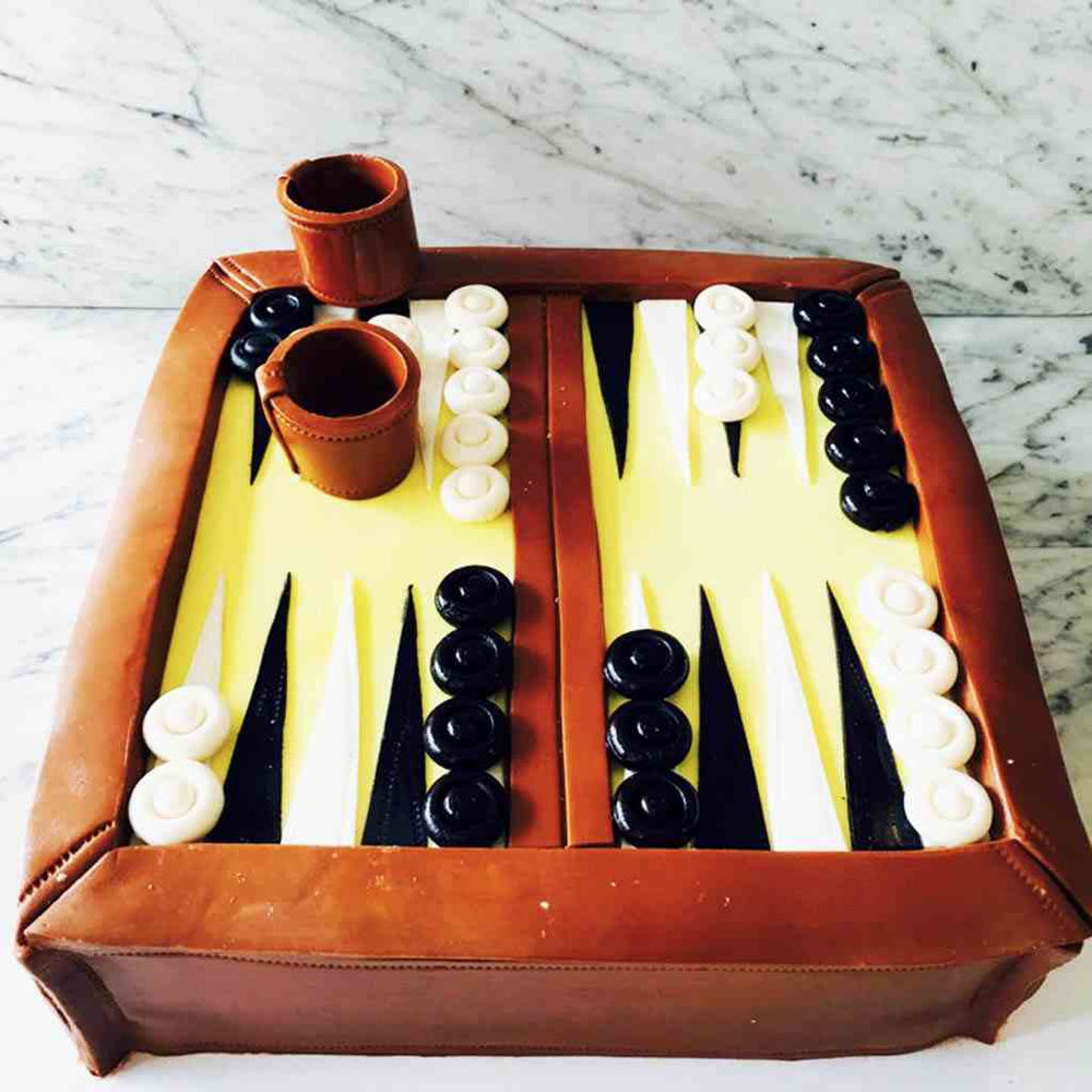 custom-cakes-sydney-backgammon-cake
