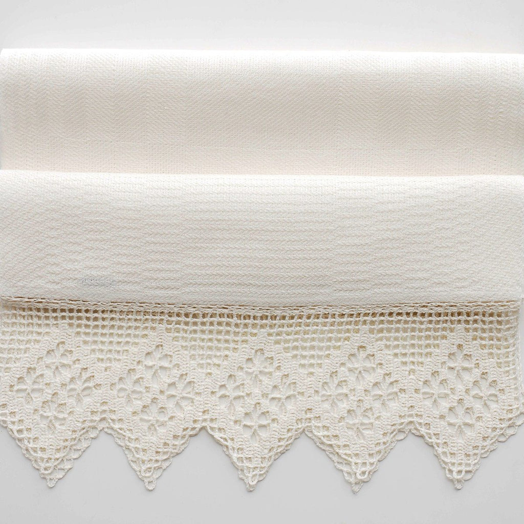 Linen Towel with Crocheted Lace towels Linen Room Latvia 100 x 45 cm