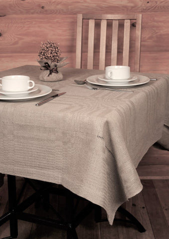 Tablecloth with hem-stitch