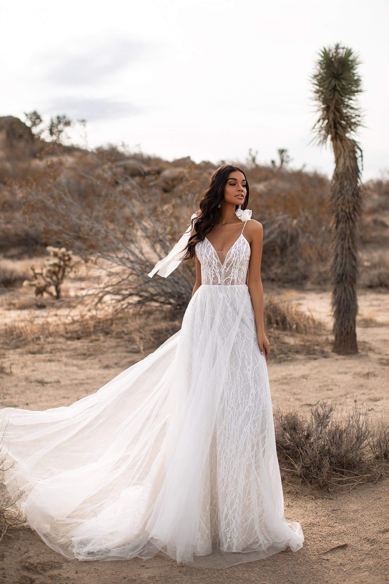A&N Fiona - White Boho Bridal Tulle Gown with V-Neck and Tie-Up Straps