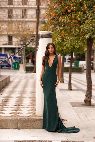 Elisa - Emerald Shimmering Mermaid Gown with Plunge Neck