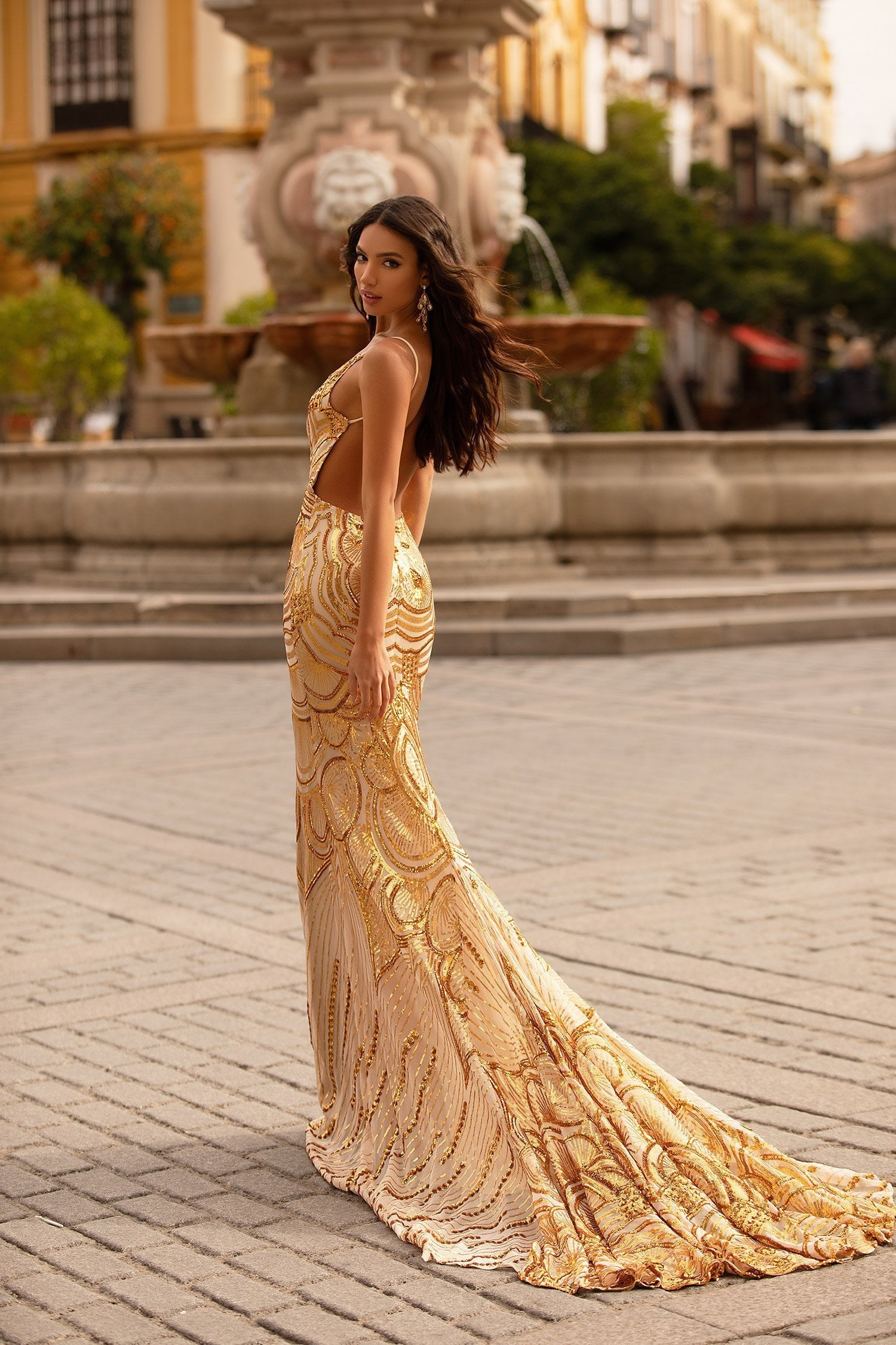 Rianata - Gold Deep V-Neck Patterned Sequin Gown with Low Back