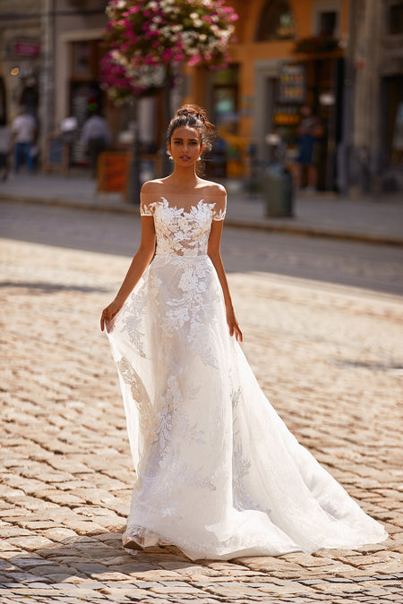 Margarita Lace Gown - Ivory