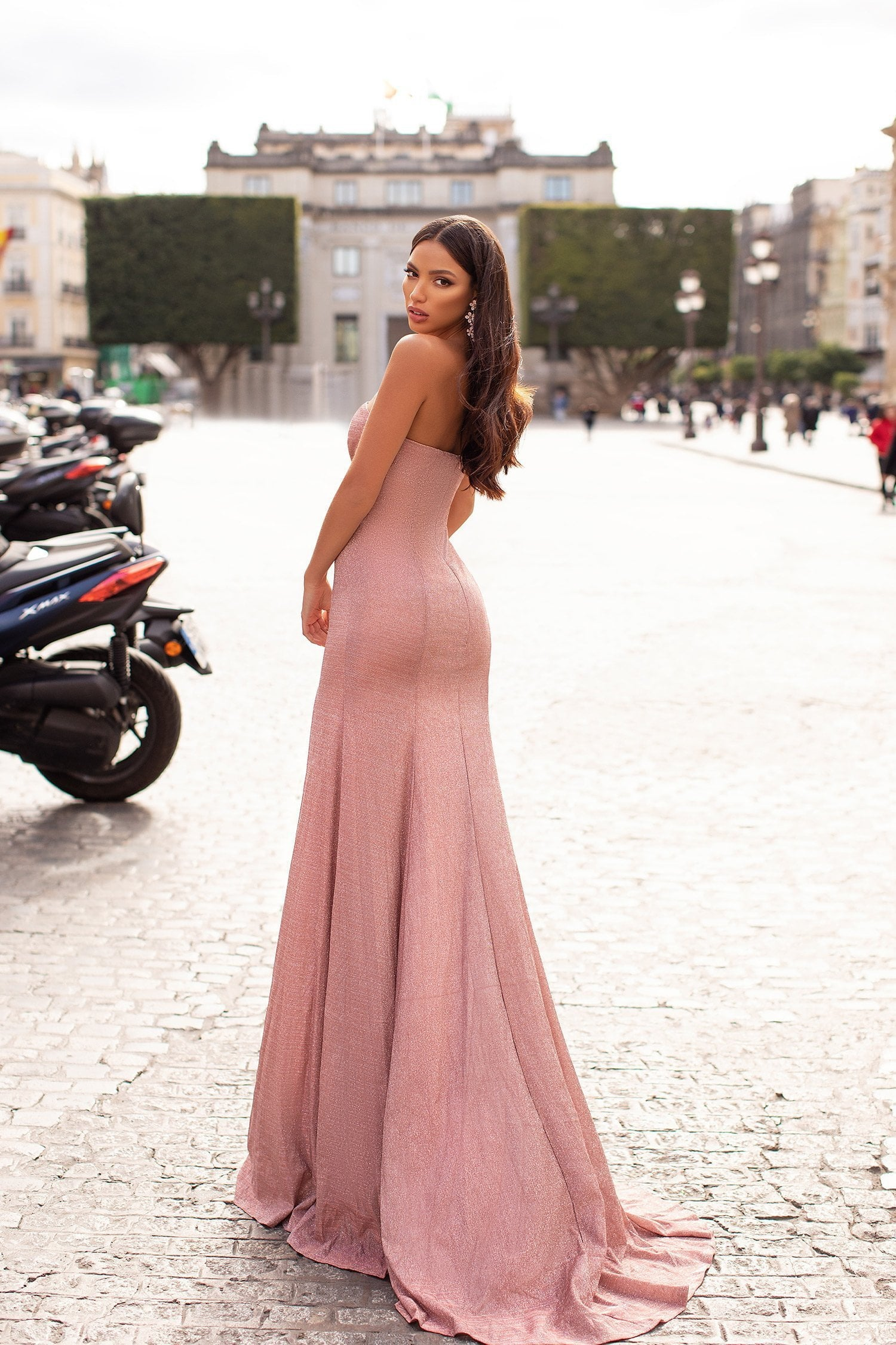 Camala - Strapless Dusty Pink Shimmering Lurex Gown with Side Slit