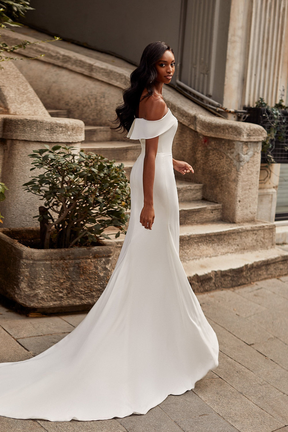 Crystal Gown - White Fitted Crepe Off-Shoulder Mermaid Gown With Train