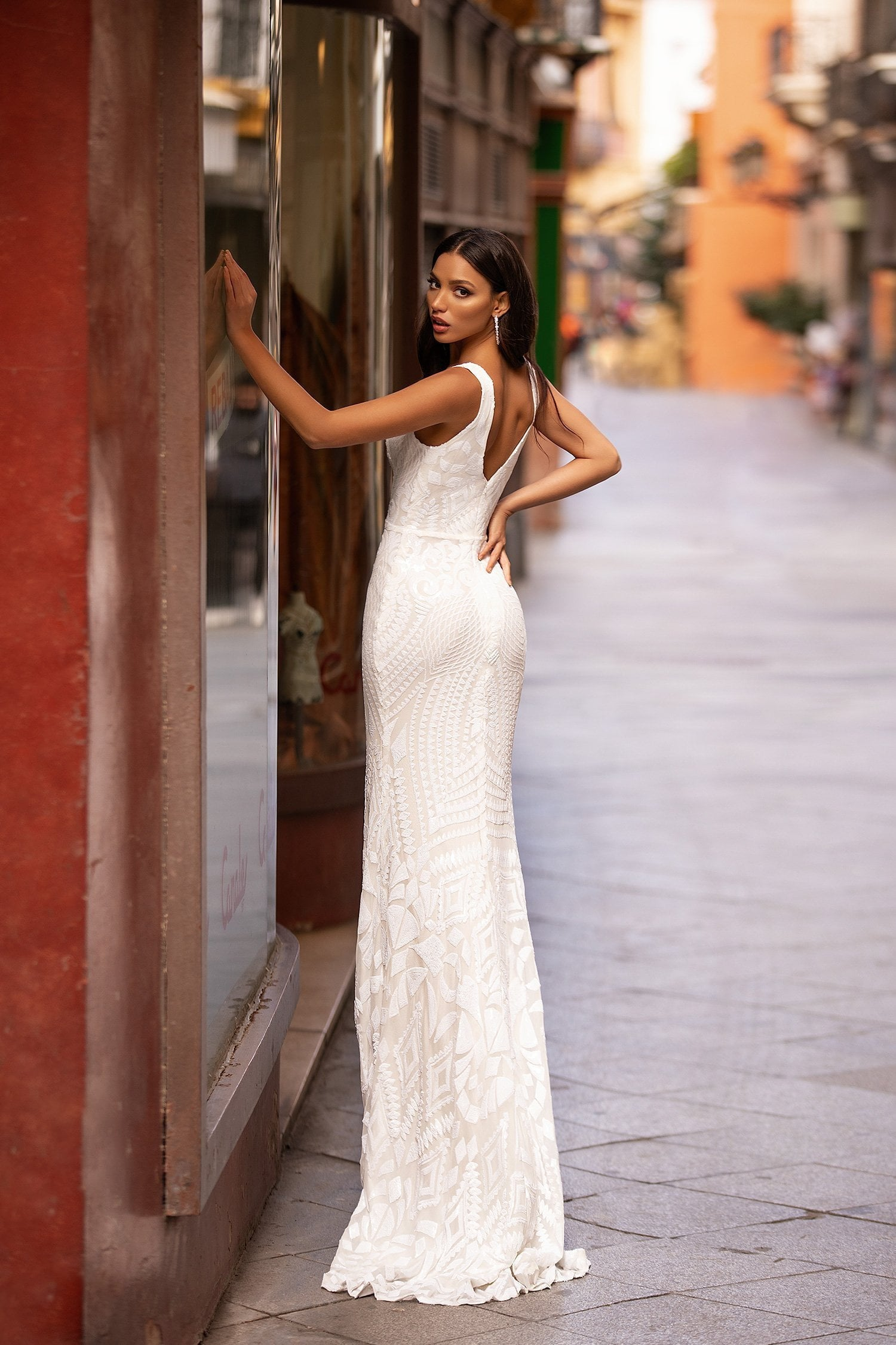 Estera - White Patterned Sequin Mermaid Gown with Plunge Neck
