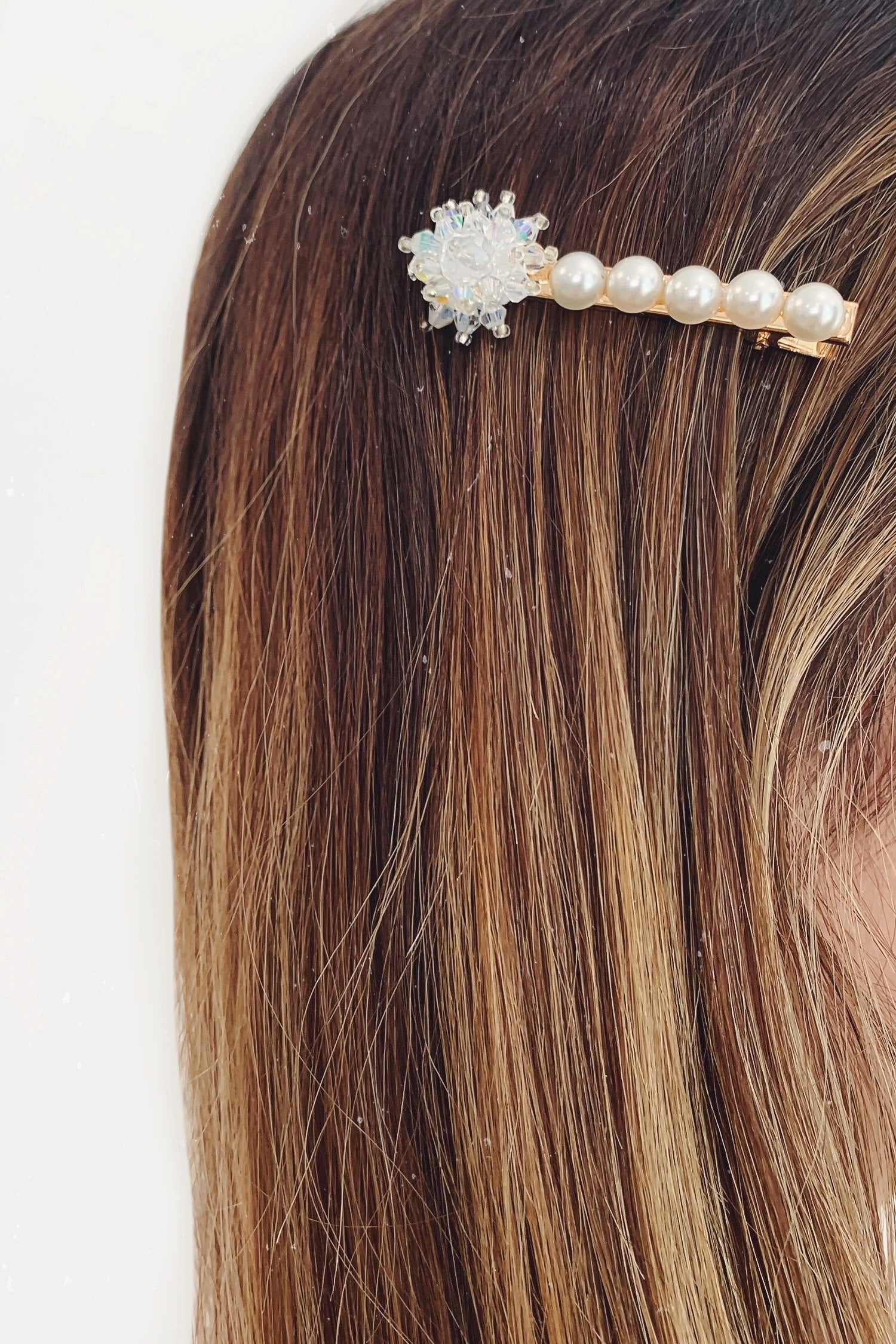 Clear Flower Pearl Gold Hair Clip