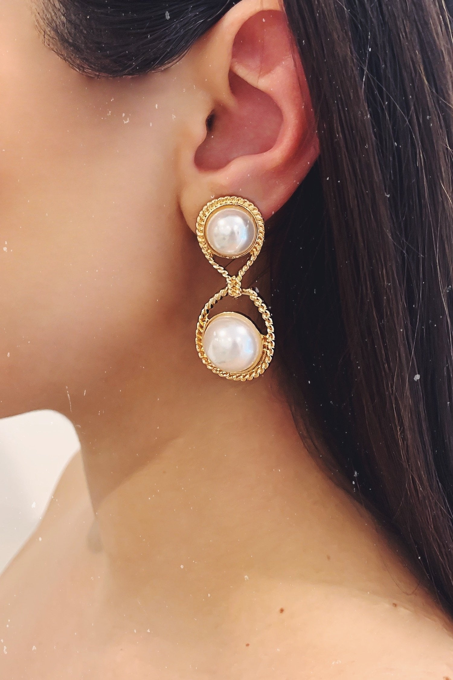 Glazori Ariah Gold Pearl Drop Earrings