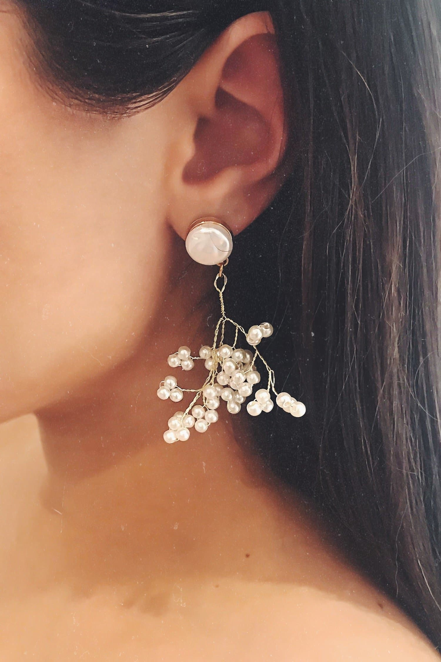 Glazori Daisy Pearl Gold Drop Earrings