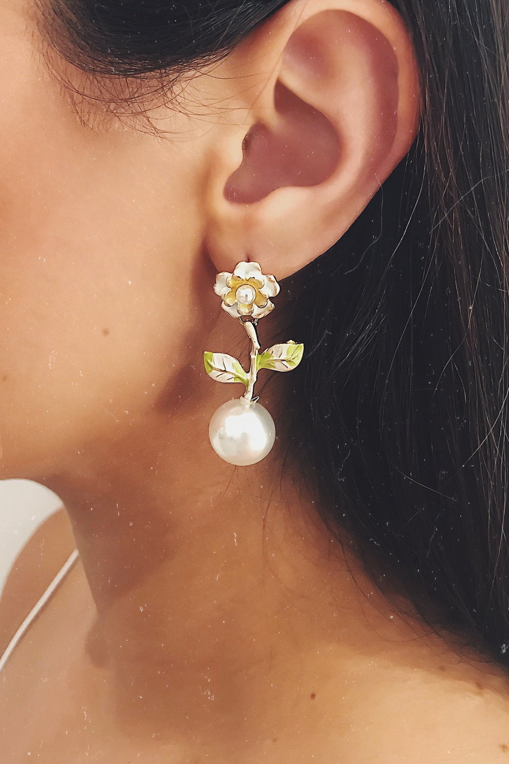 Glazori Juana Pearl Flower Drop Earrings