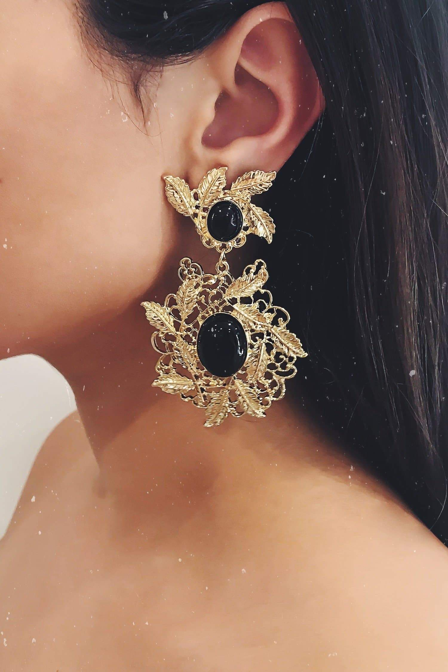 Glazori Melina Gold Flower Earrings with Black Pearl