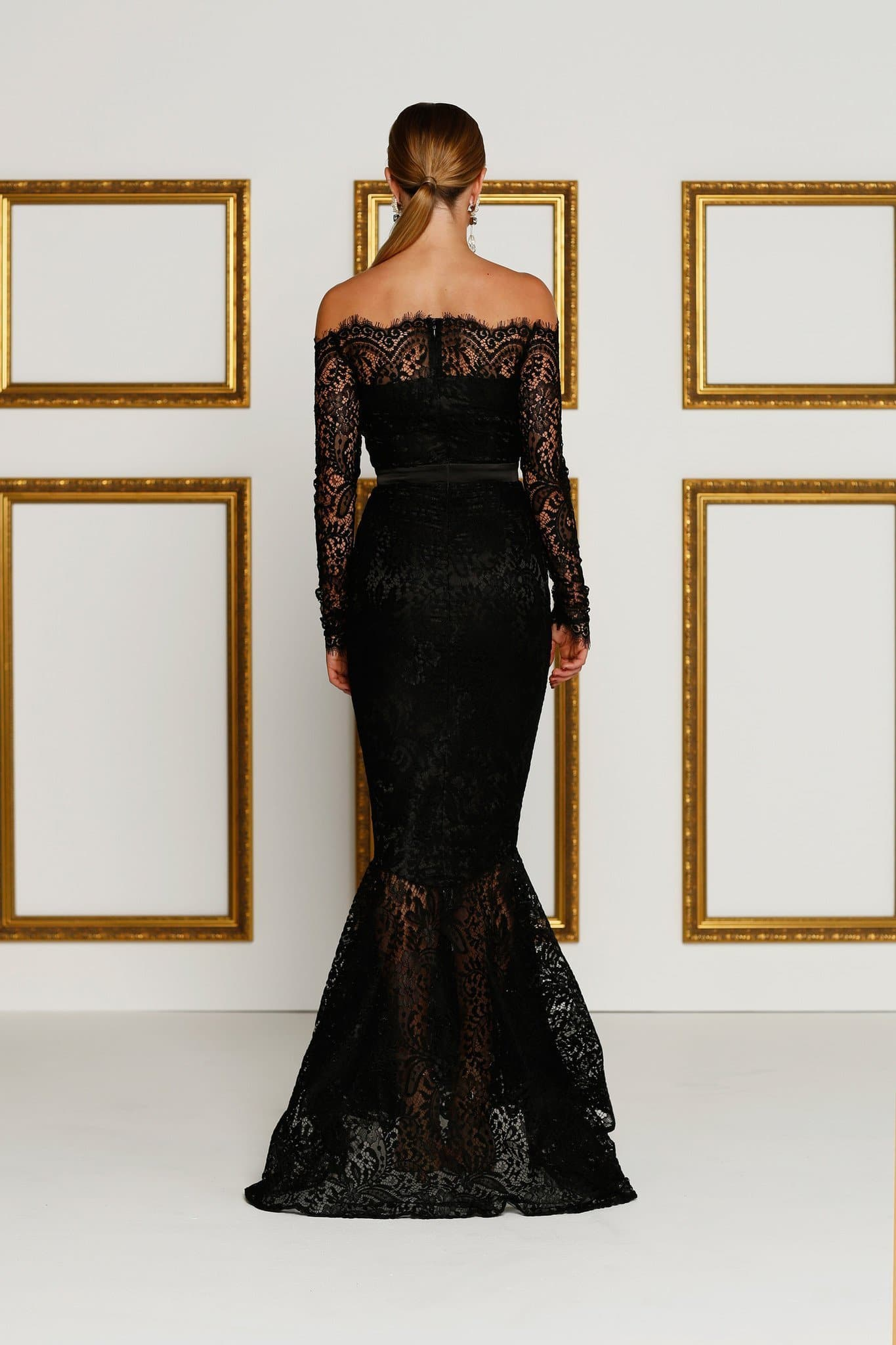 Kamali Gown - Black Lace Off-Shoulder Gown with Mermaid Tail