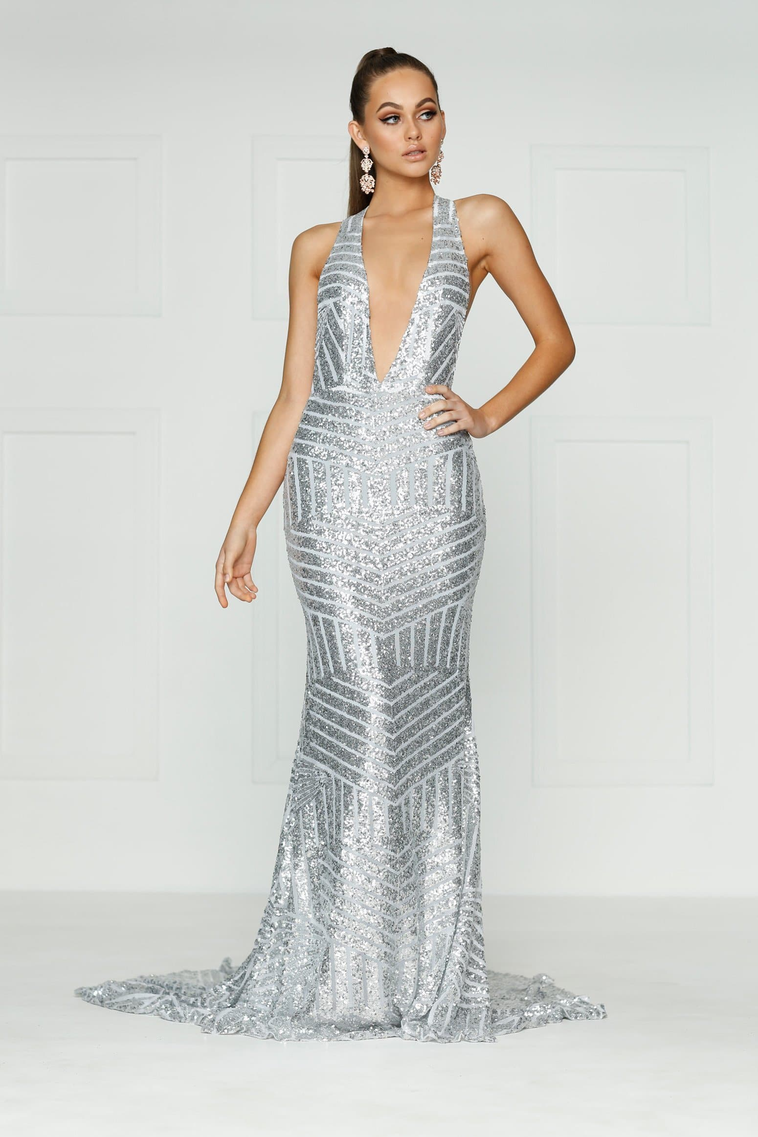 A&N Alia- Silver Sequins Multi-Way Dress with V Neck – A&N Luxe Label