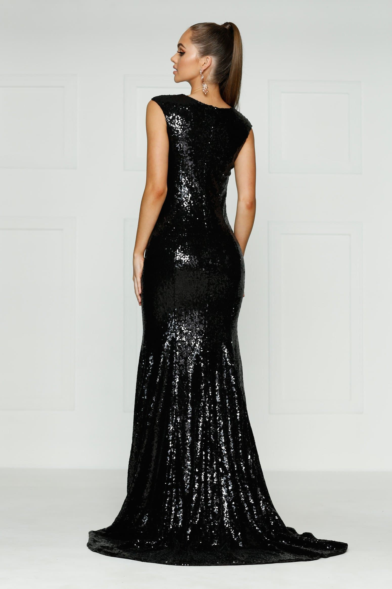 A&N Lila - Black Sequin Gown with High Neck and Side Slit