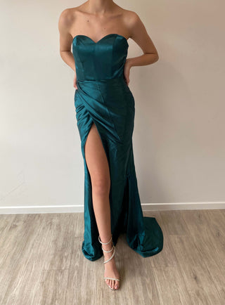 Sample Gown 261